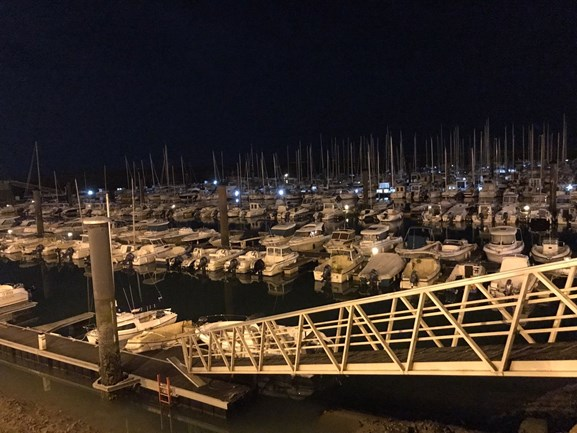 Baggeren Port de plaisance de Bourgenay by night